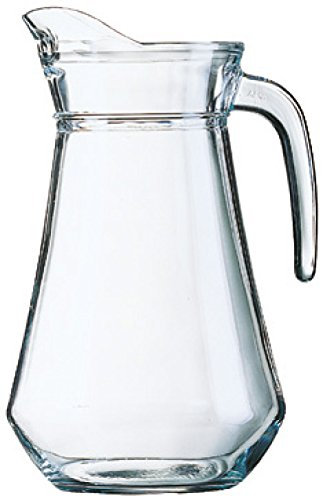 decanting wine in a jug